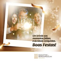 Um brinde aos momentos felizes e as novas conquistas. Boas Festas!