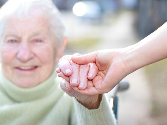 Beneficiários do INSS que não fizerem sua comprovação de vida poderão ter seu benefício interrompido
