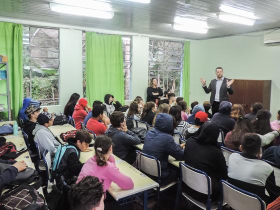 BB advogados faz palestra na Escola Estadual Antônio de Conto