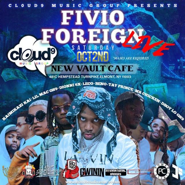Fivio Foreign w/ Mr. Chicken