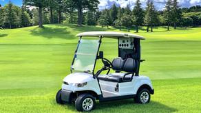 炎天下でも快適ゴルフ。エアコンカートテスト風景
