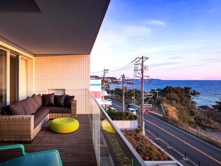 海の見える素敵なマンションのベランダにお選びいただきました。