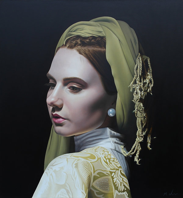 Beautiful woman painted in oils blonging to the school of figurative realist art