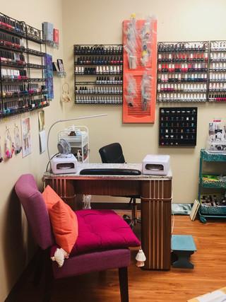 Full Service Nail Salon