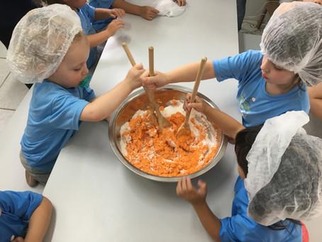 As lições da cozinha experimental na escola.