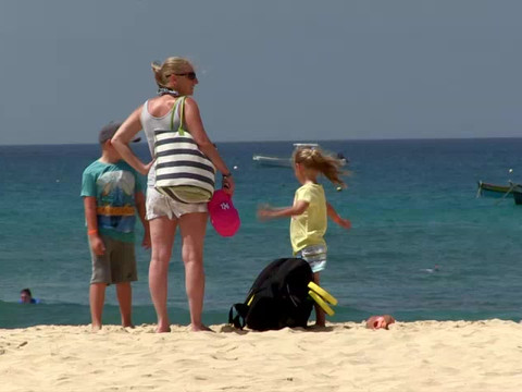 familia playa.mp4