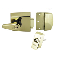 Heavy duty british-standard night latch for wooden doors