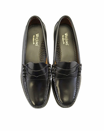 Larson Black Classic Penny Loafers by G.H. Bass Weejuns