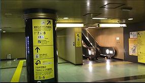 大江戸線六本木1.jpg