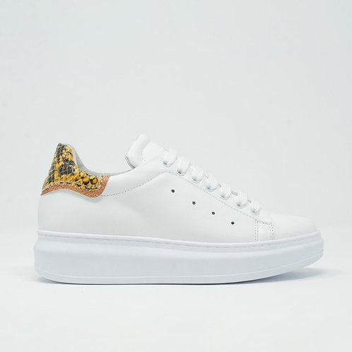 Snake Print Lace Up Sneakers (Yellow) (Fem.)