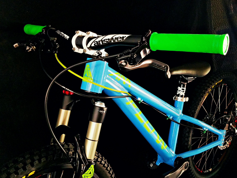 Flow green blue bike front