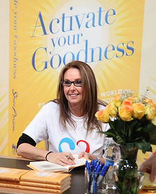 book_signing_shari copy.jpg