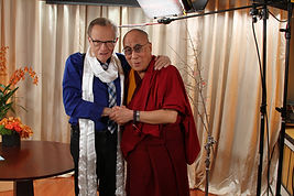 Larry King with Dalai Lama: Solomon Mines Luxury Jewish Magazine (Picture copyright OraTv.com)