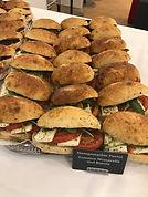 mini panini mit Mozzarella .jpg