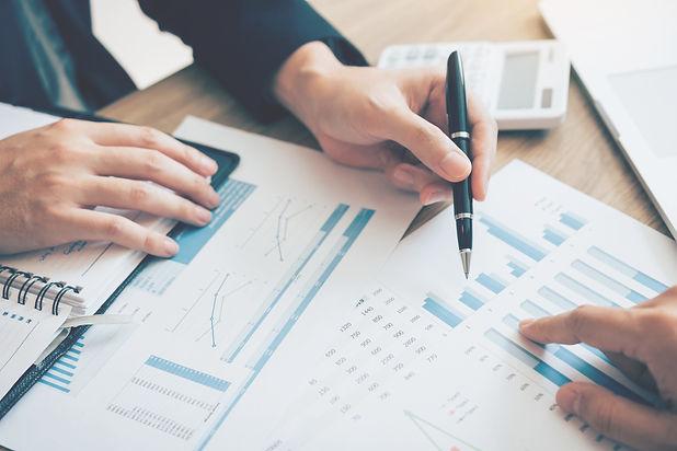 Myynnin edistys, myynti, yritysmyynti, puhelinmyynit
