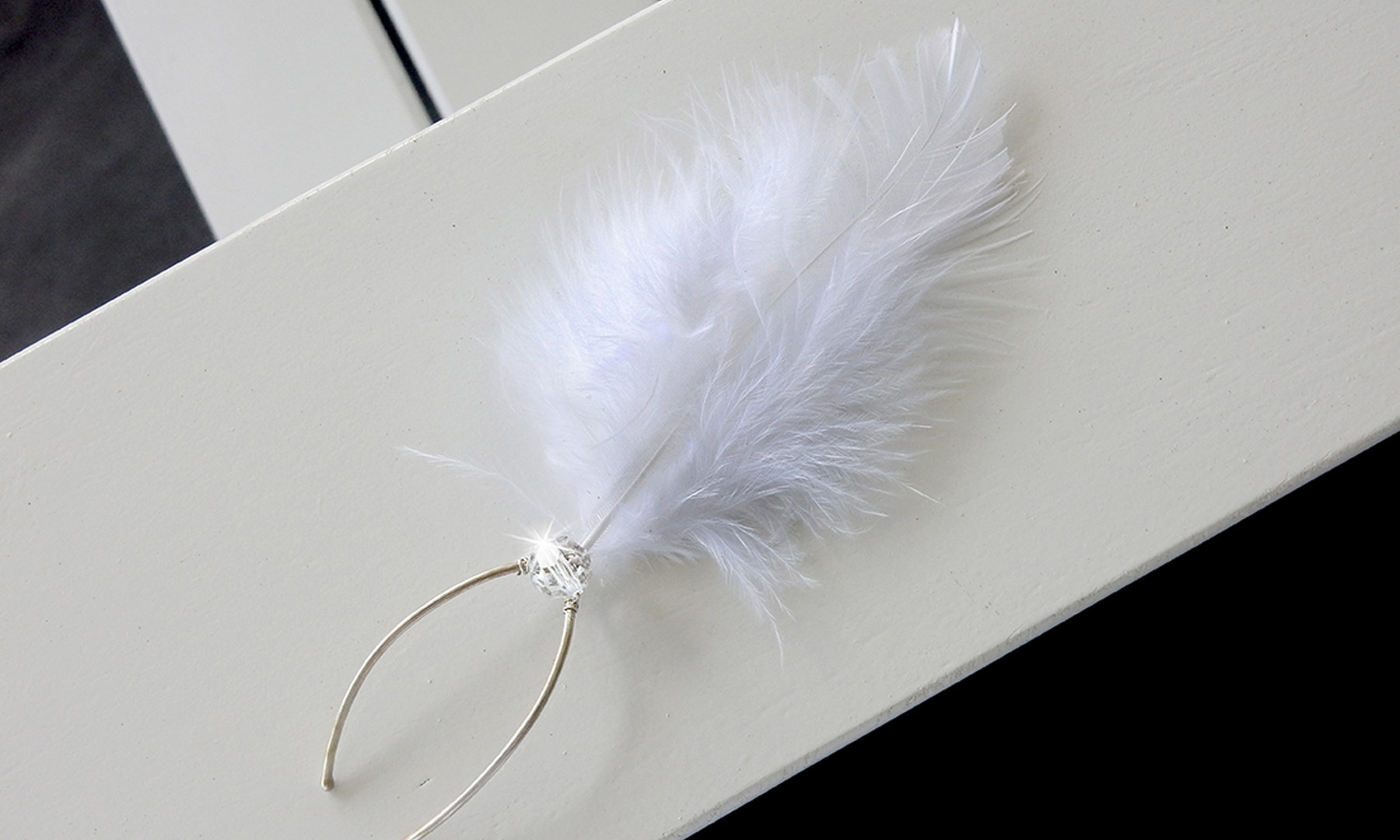 Feather and Crystal Bridal Hairpin 03_St