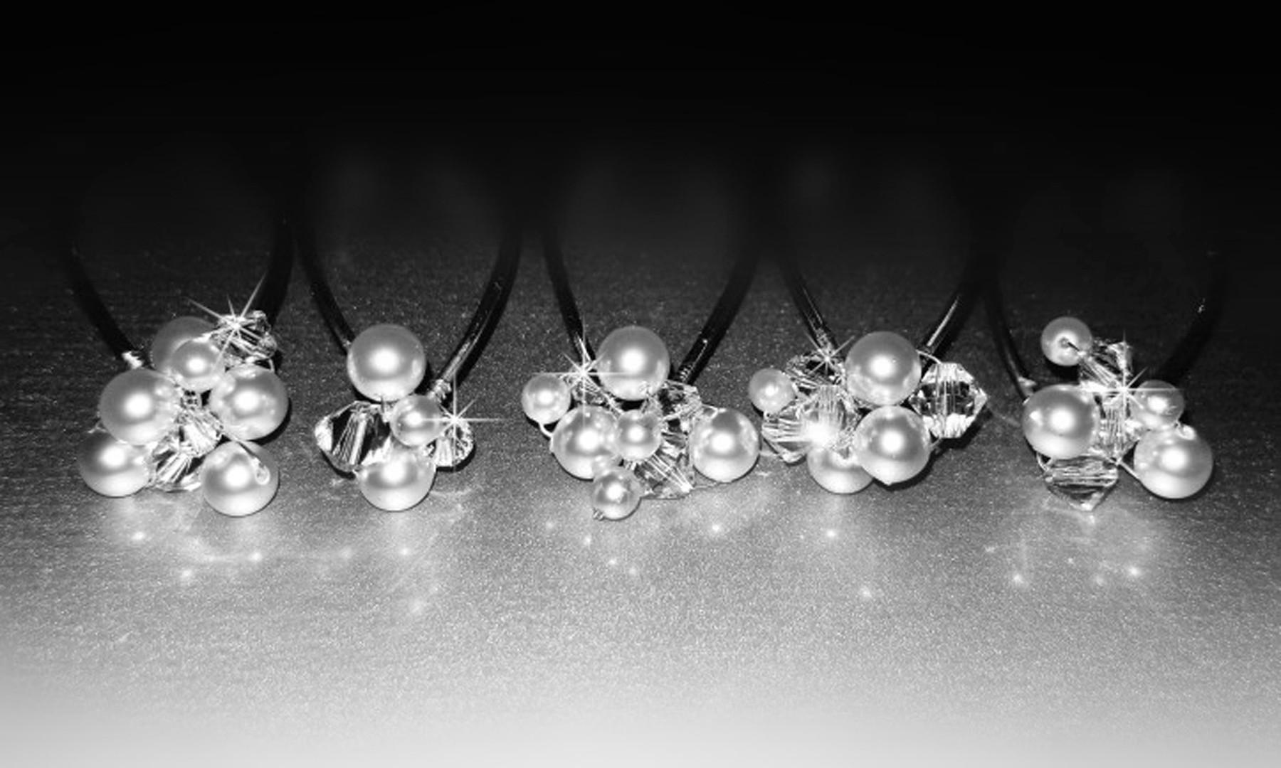 Swarovski Crystal and Pearl Cluster Brid
