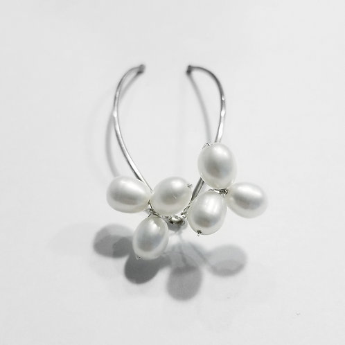 Trillium Flower Freshwater Pearl Sterling Silver Bridal Hair Pins | STERLING HAIRPINS