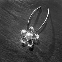 Swarovski Crystal and Pearl Flower Hair Pins