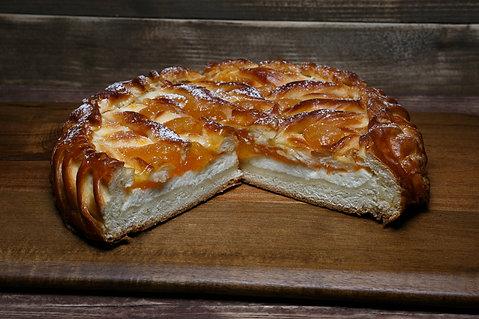 Комбо: Пирог творожно-абрикосовый 1 кг +пирог с мясом 1 кг