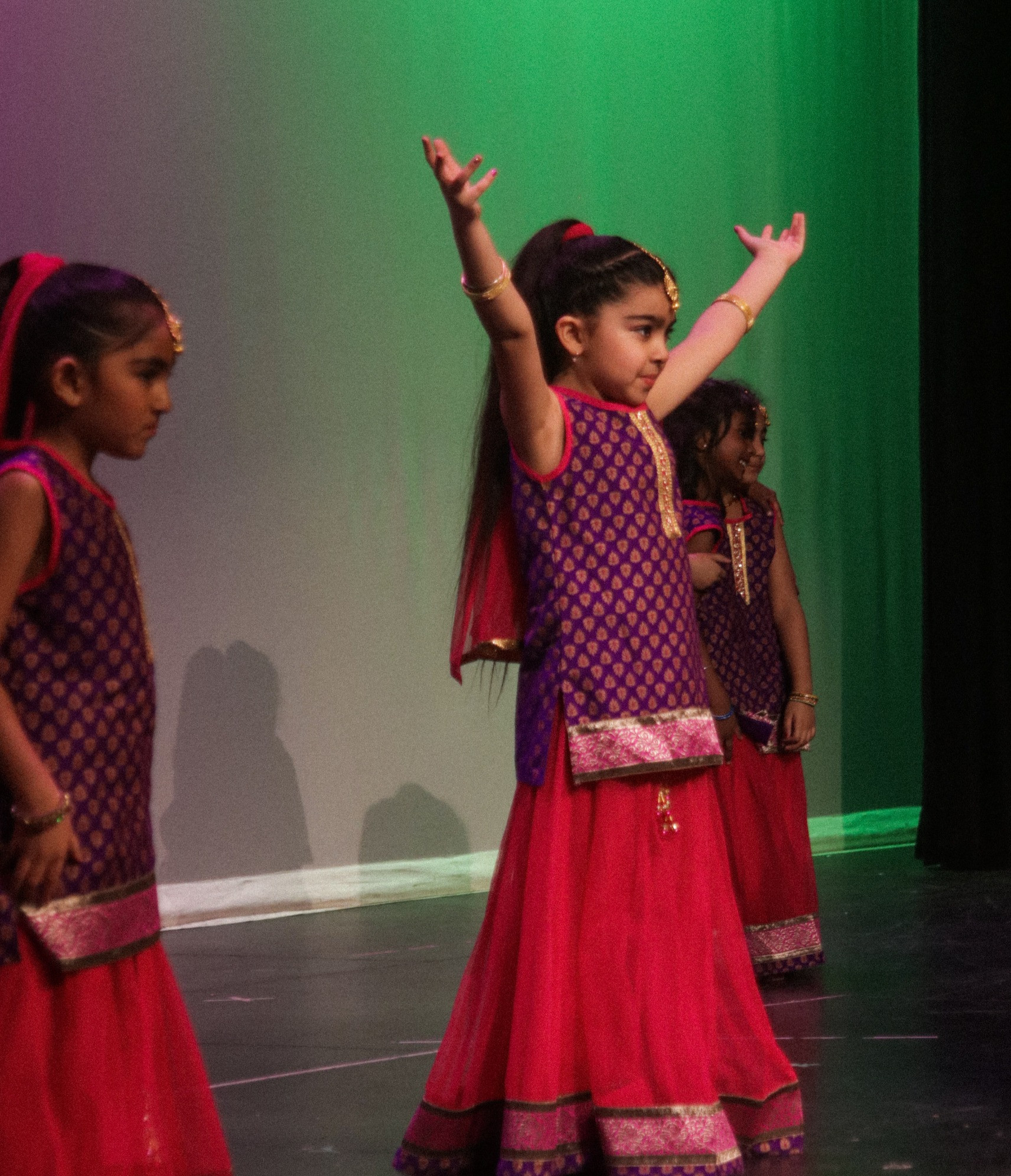 Bollywood-Mini's (4-7 yrs) SAT