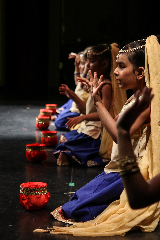 Bollywood -Mini's (4-7 yrs) MON