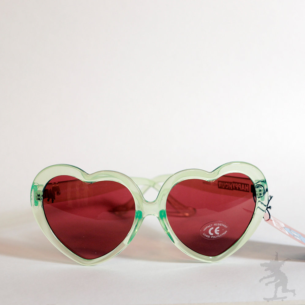 3d3a6e345660 Happy Hour Sunglasses - Heart Ons | Varulfr.com