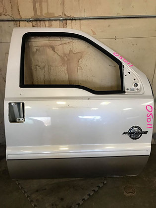 11-16 Ford F-250/350 Passenger Front Door (05011)