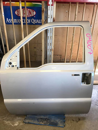 99-07 Ford F-250/350 Driver Front Door (04007)