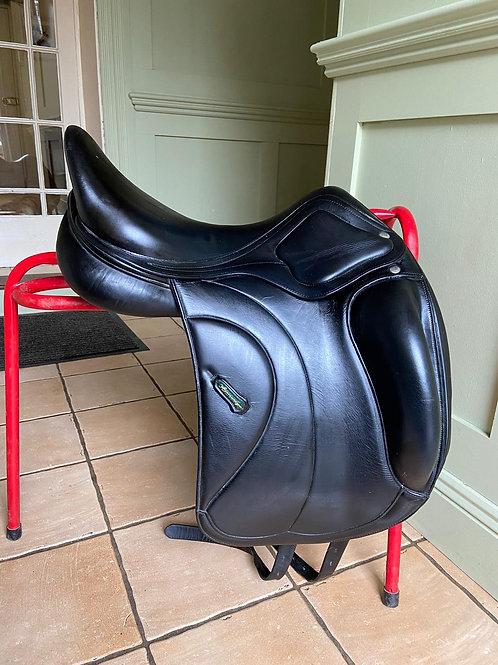 "Amerigo Classic Siena Dressage Saddle 17"" Medium Wide"