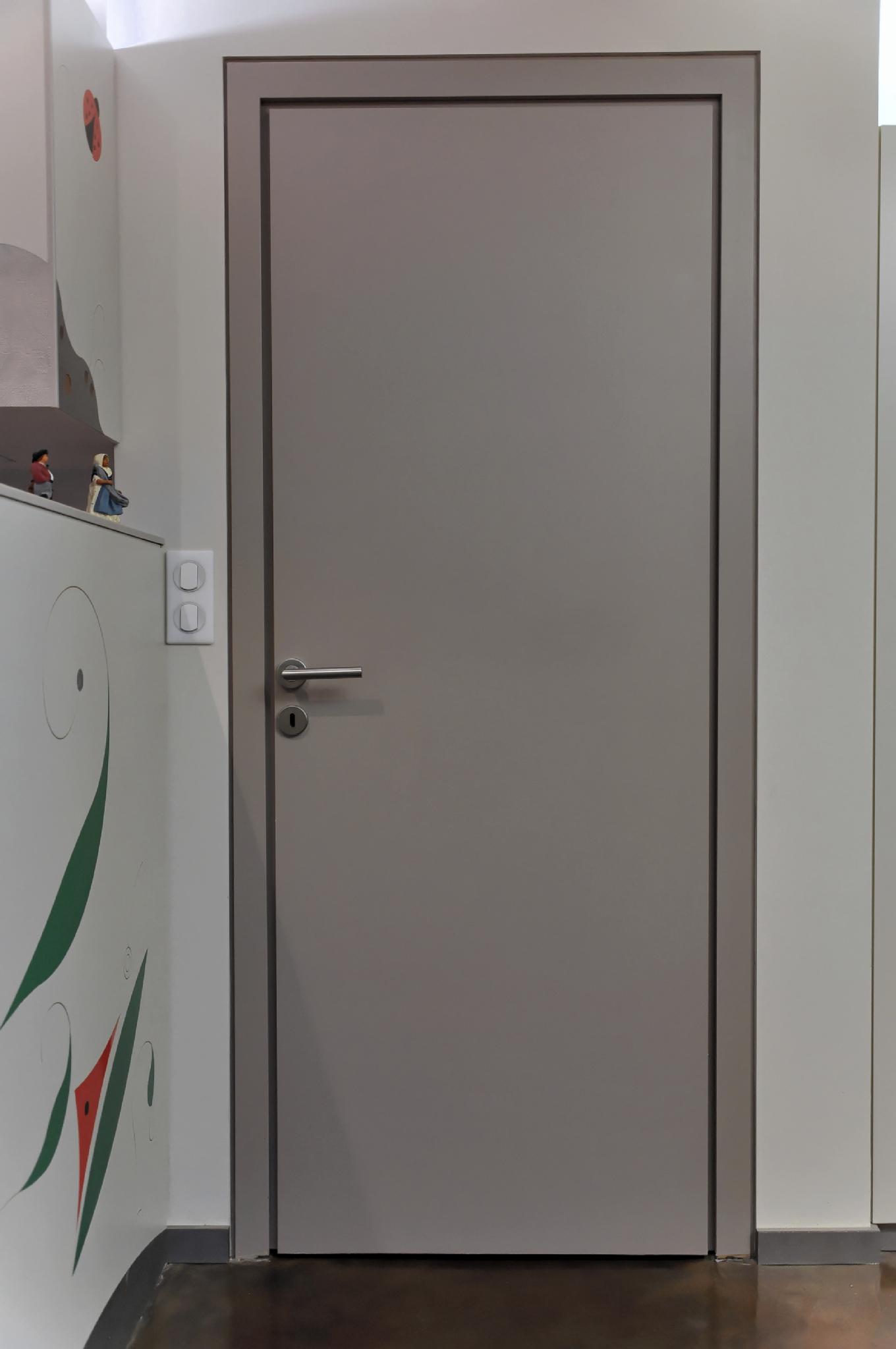 porte affleurante