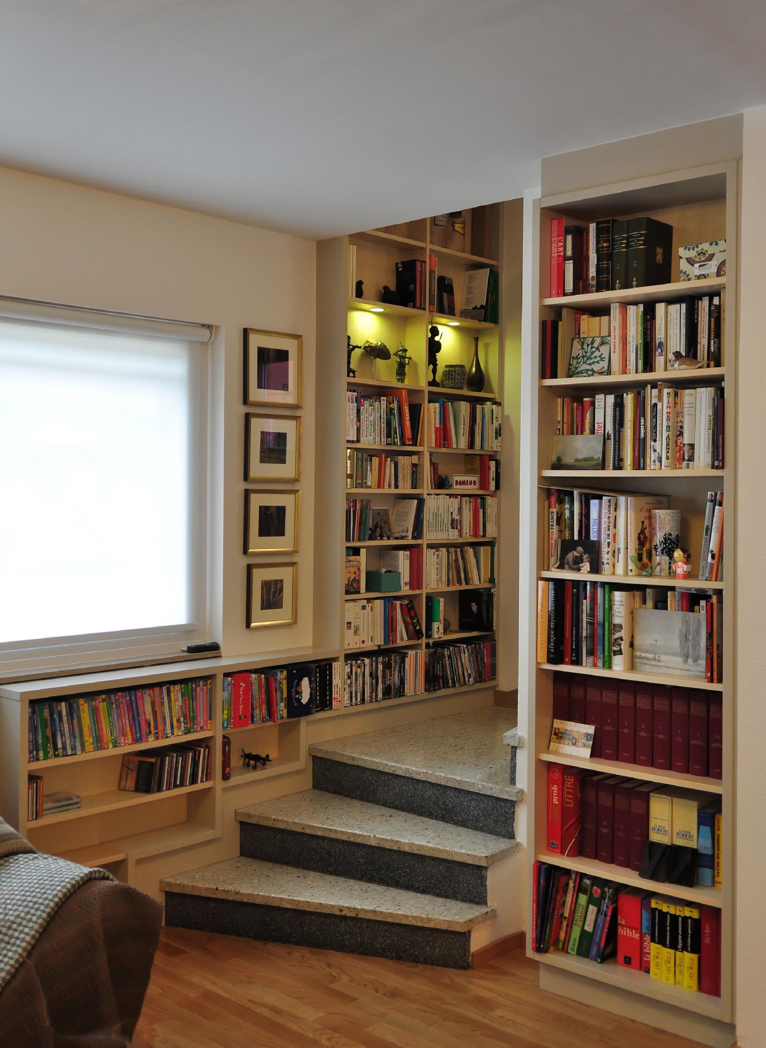 Bibliothèque escalier
