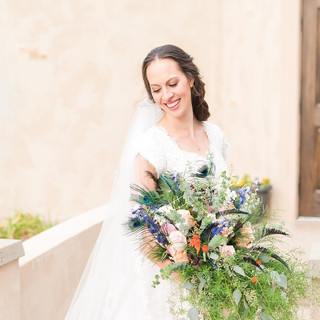 Bridal Pictures on the Steps of Oak Hills Reception and Event Center