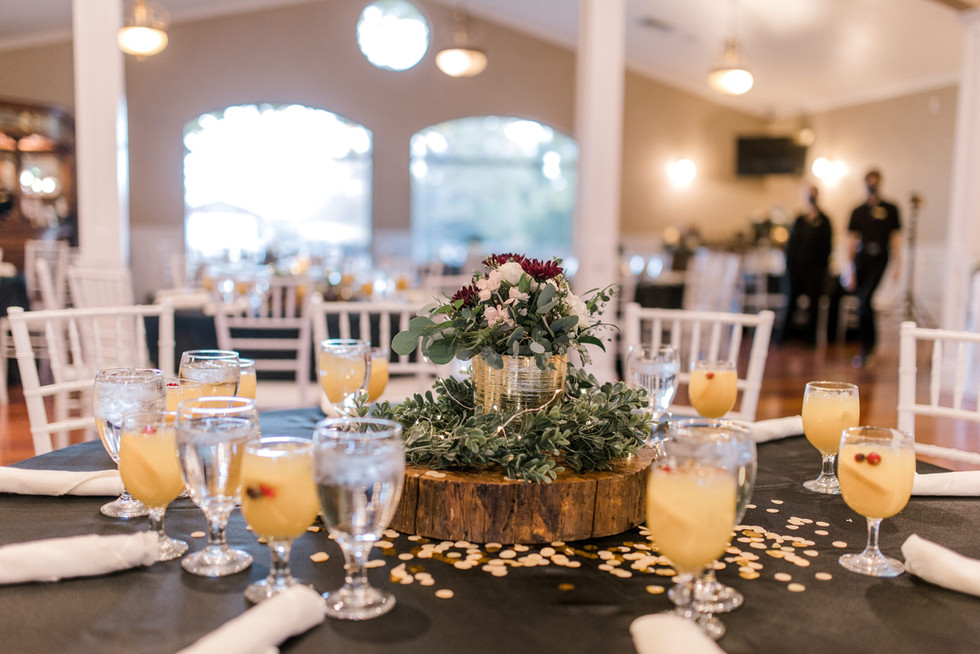 Table setting at Oak Hills Reception and Event Center