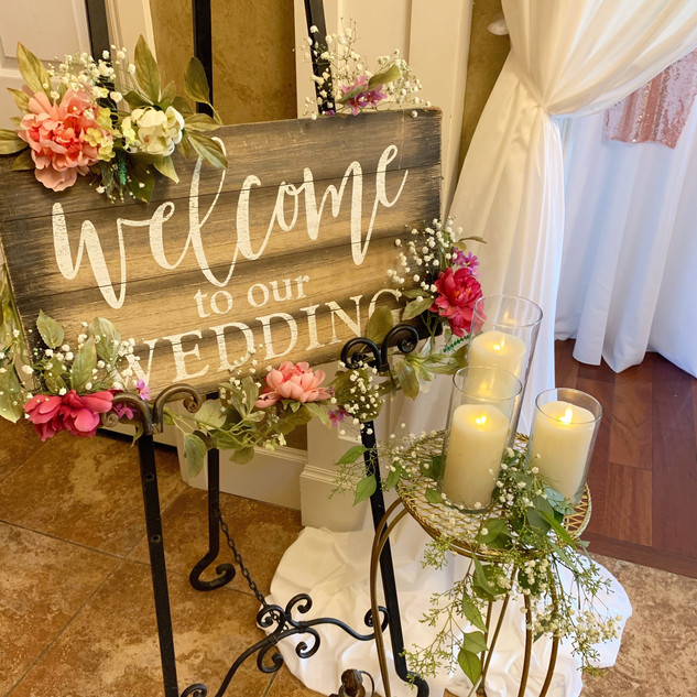 Ballroom Entryway at Oak Hills Reception and Event Center