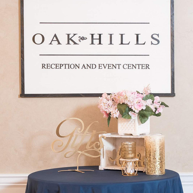 Sign in Table at Oak Hills Reception and Event Center