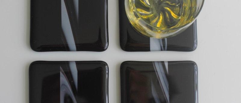 4 onderzetters glas zwart