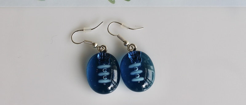Oorbellen blauw op blauw