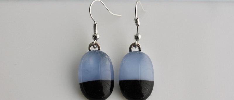 Oorbellen blauw zwart