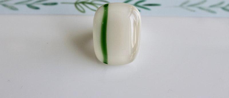 Ring gebroken wit groen