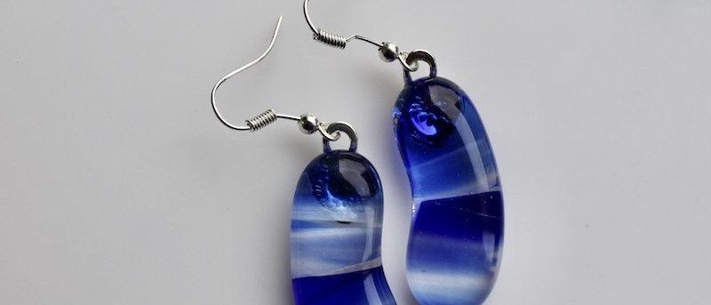 Oorbellen helder blauw