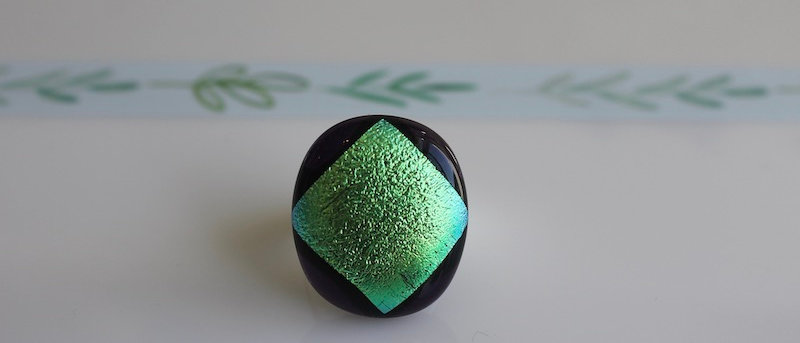 Ring zwart flashy groen