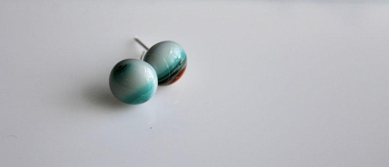 Oorstekertjes appelblauw-zeegroen