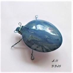 BB24 blue brooch