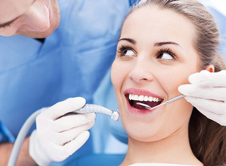 5 Reasons Why You Should Visit Your Dentist Regularly