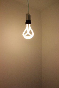 lampadina neon design