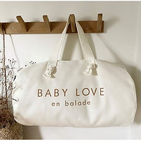 sac-polochon-blanc-milk-baby-love-en-bal