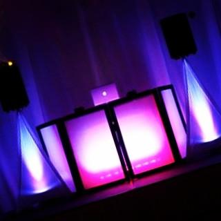 DJ & Light Show