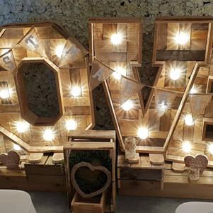 Rustin LOVE LED Letters