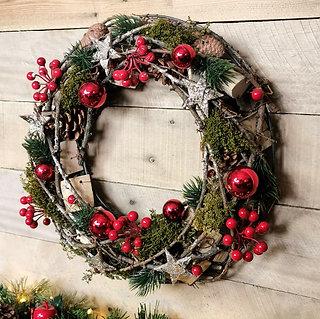 Red Rustic Wreath
